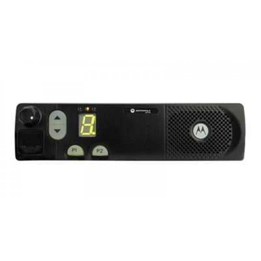 Автомобильная рация Motorola CM140