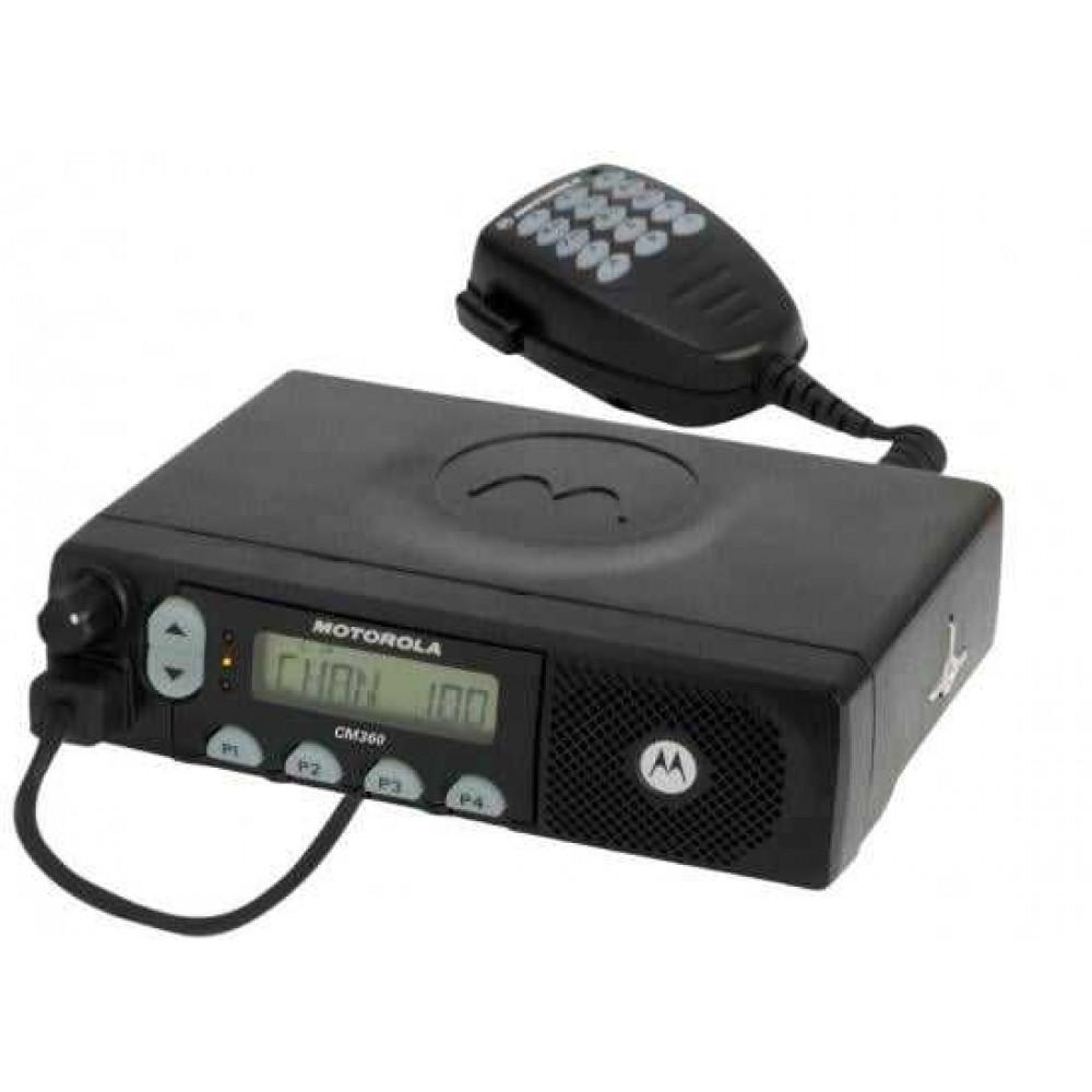 Автомобильная рация Motorola CM360