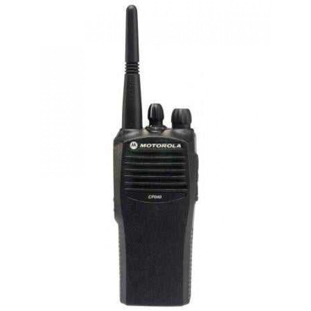 Рация Motorola CP040